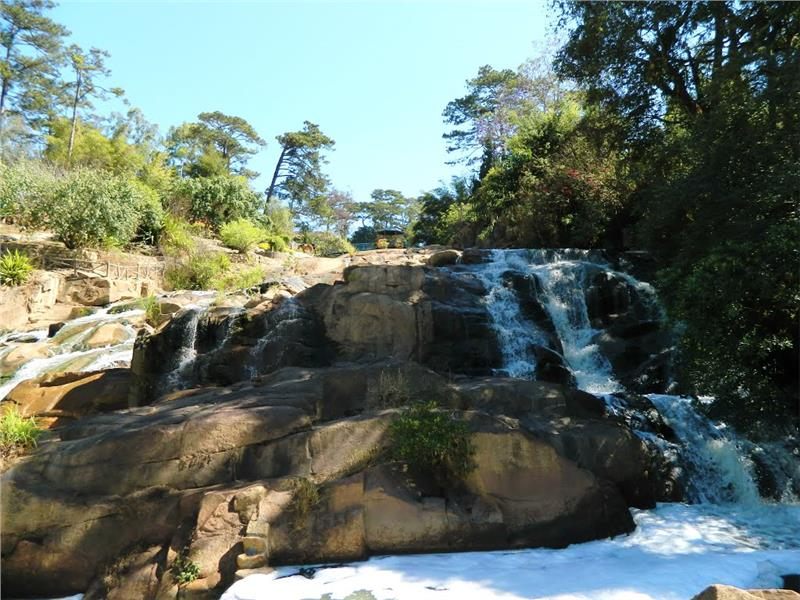 6.Cam Ly Waterfall Dalat