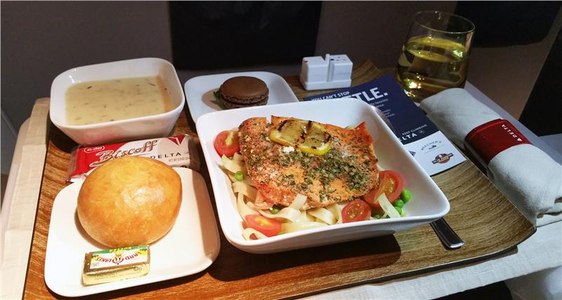 Delta Air Lines First Class Meal
