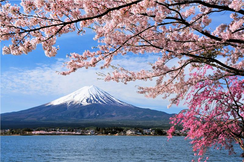 Cheap flights to Japan