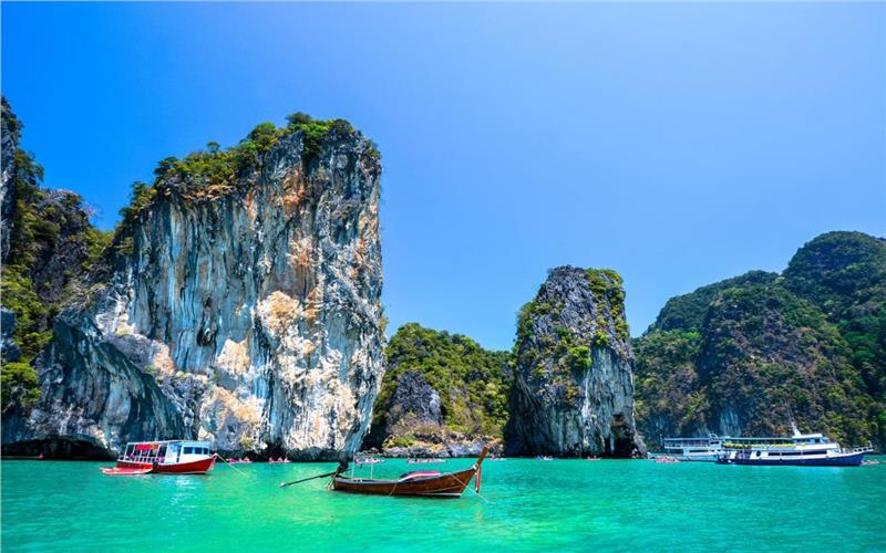 Cheap flights from Ho Chi Minh City to Phuket