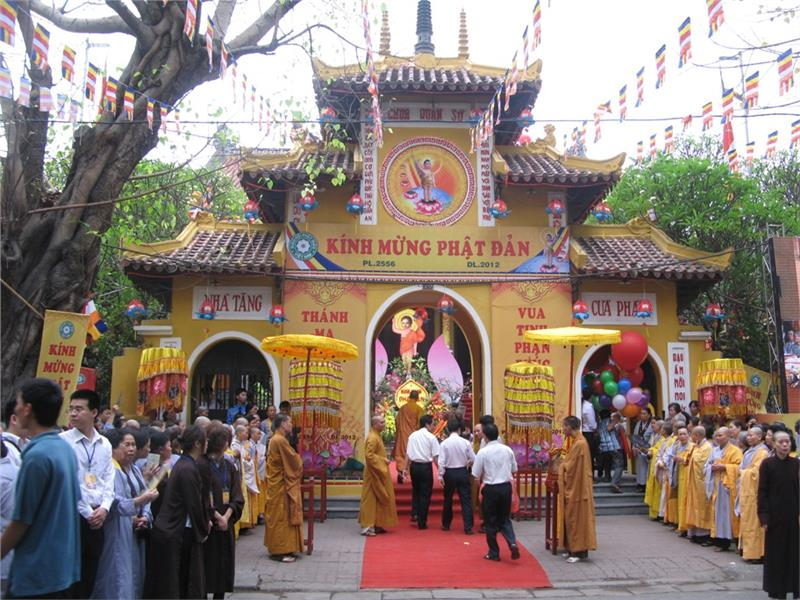 Formal celebration Vesak Day 2015 in Hanoi