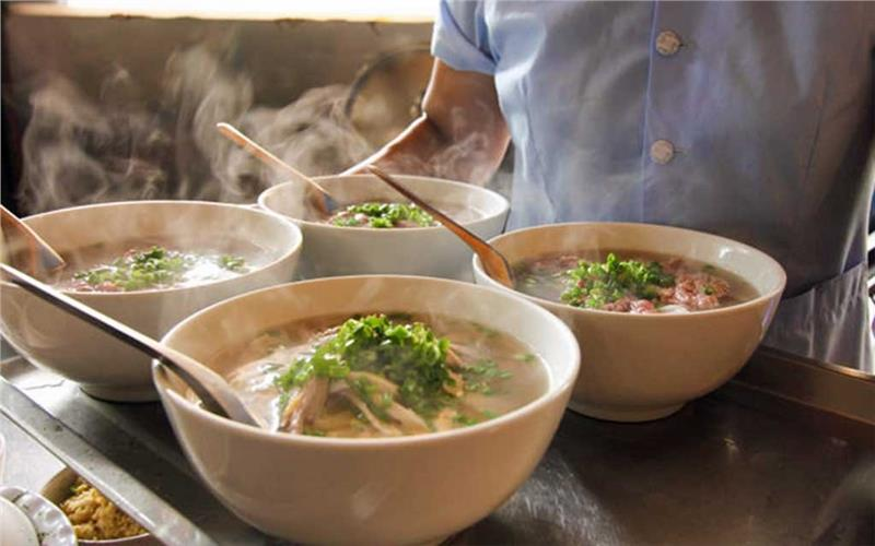 Must-try dishes in Hanoi