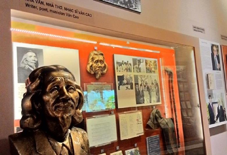 Vietnam Literature Museum opened with over 4000 artifacts