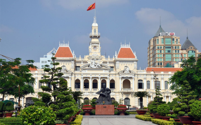 Cheap flight from Vinh to Ho Chi Minh