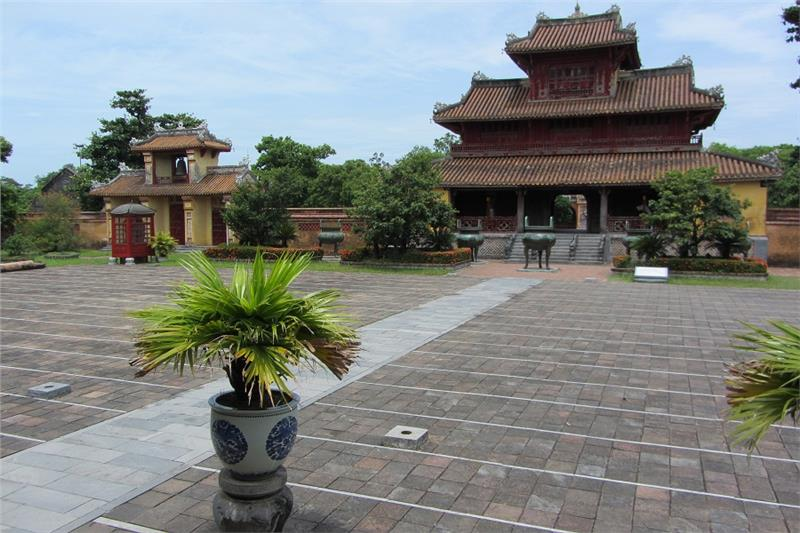 Nine Dynastic Urns in front of Hien Lam Pavilion