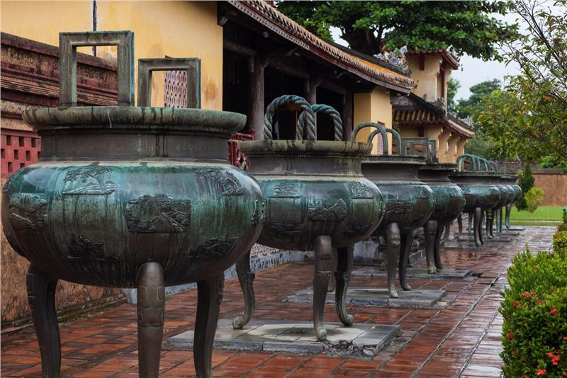 The Nine Cauldrons in front of Hien Lam Pavilion