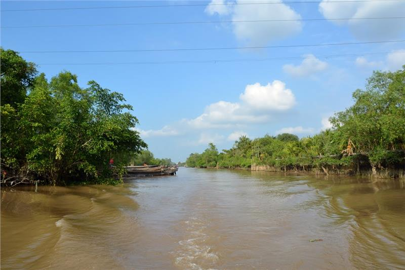Tranquil scenery at An Binh Islet