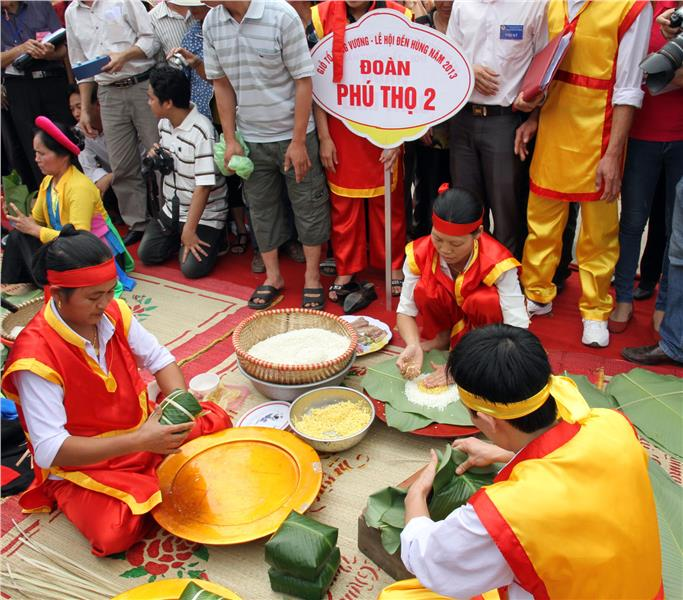 Making Chung Cake contest