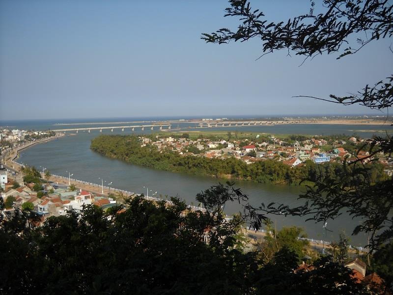 Da Rang Bridge in Phu Yen province
