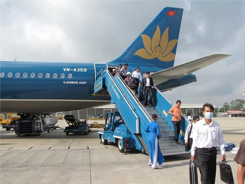 First Vietnam Airlines flight at new Noi Bai T2 Terminal
