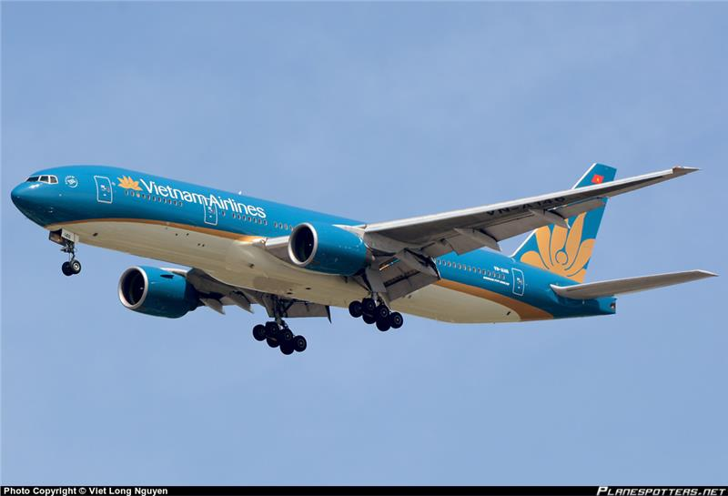 Vietnam Airlines Boeing 777-200 new colors