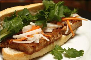 Banh mi – the popular dish of Saigon cuisine