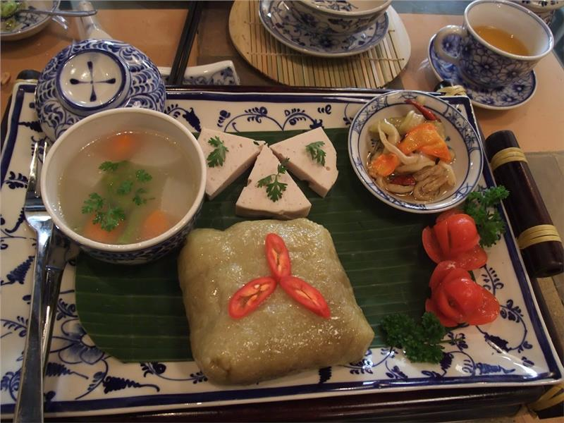 Vietnamese cakes listed in top 10 world celebration foods