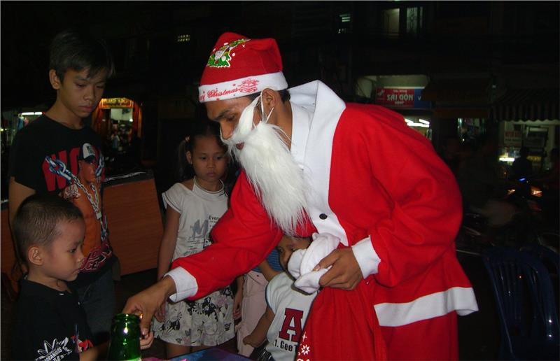 Charity activity in Vietnamese Christmas