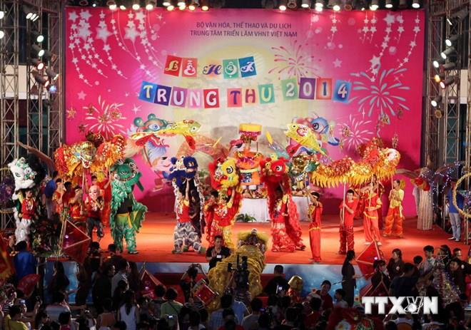 A colorful Mid-Autumn Festival for children
