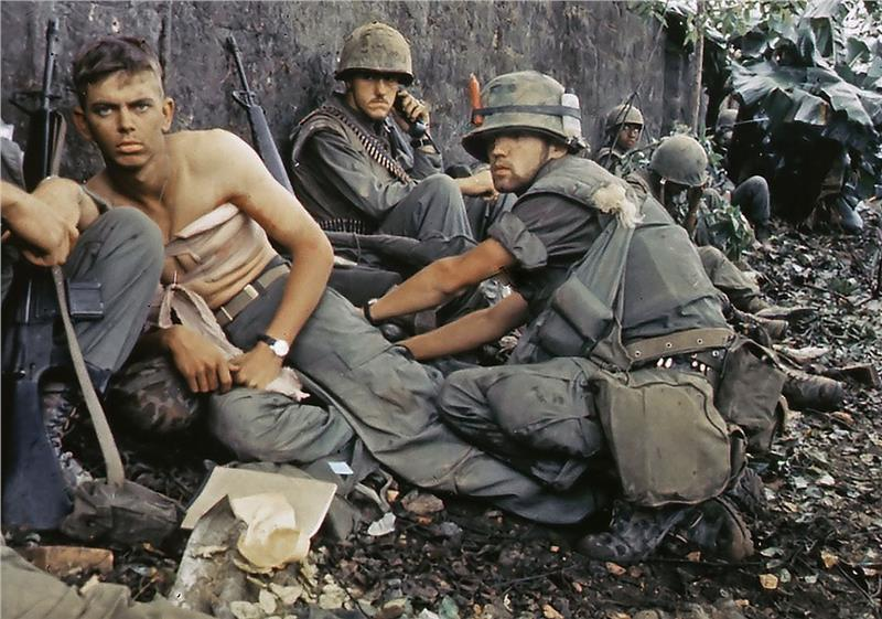 Wounded US soldiers in Tet Offensive