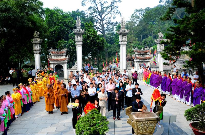Tay Thien Festival - Offering ceremony
