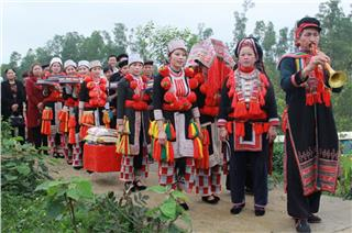 Striking features of Red Dao ethnic wedding
